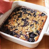 baked oatmeal with berries in bowl