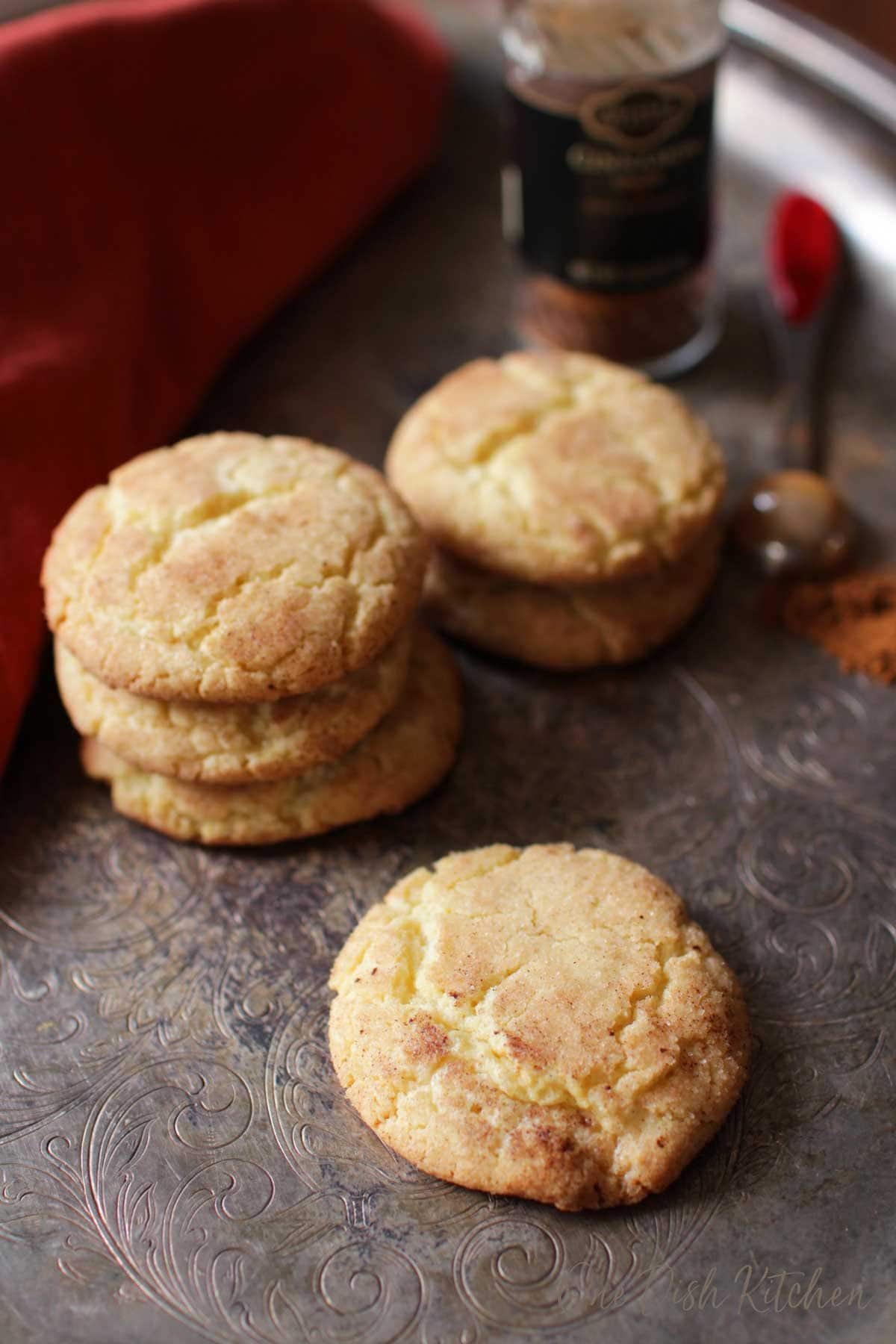 A tray of six snickerdoodle cookies