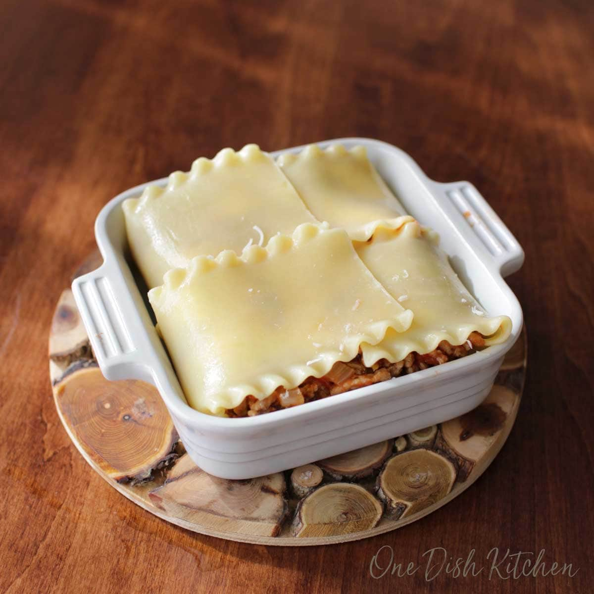 Mini lasagna with noodles folded over the mixture