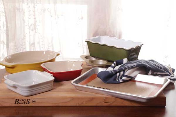 baking dishes and baking pans
